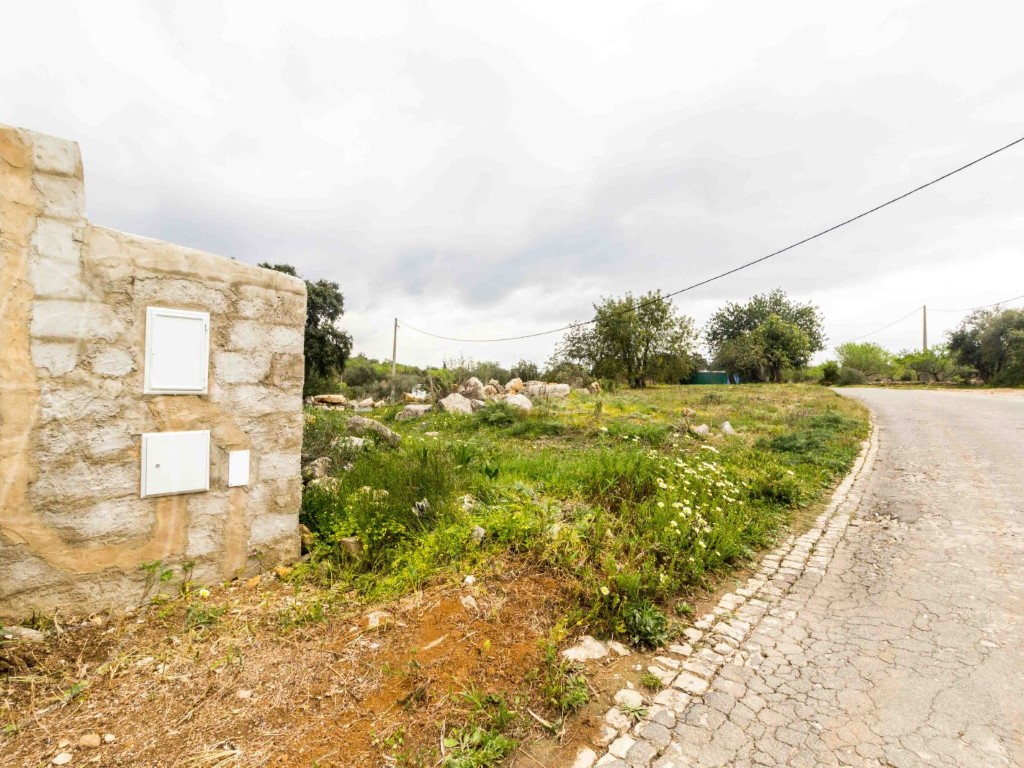 Rural Land_zum_Verkauf_in_Olh�o_SMA8903