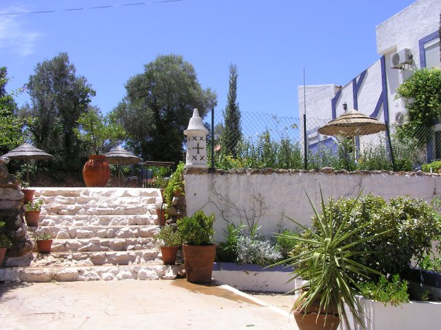Guesthouse_for_sale_in_Vilamoura_LBA925