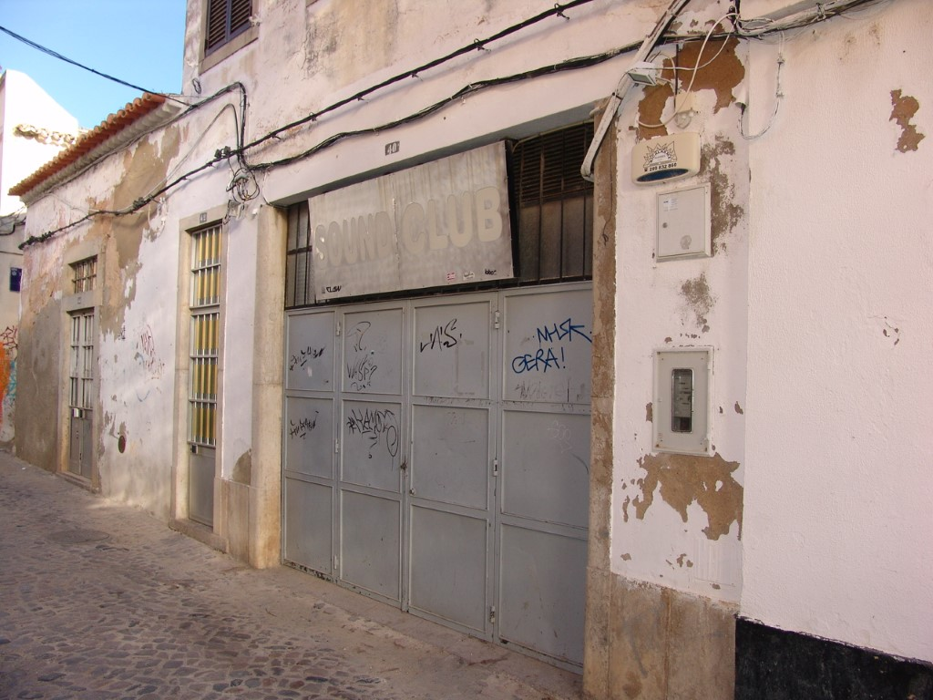 Building_for_sale_in_Faro_sma10595