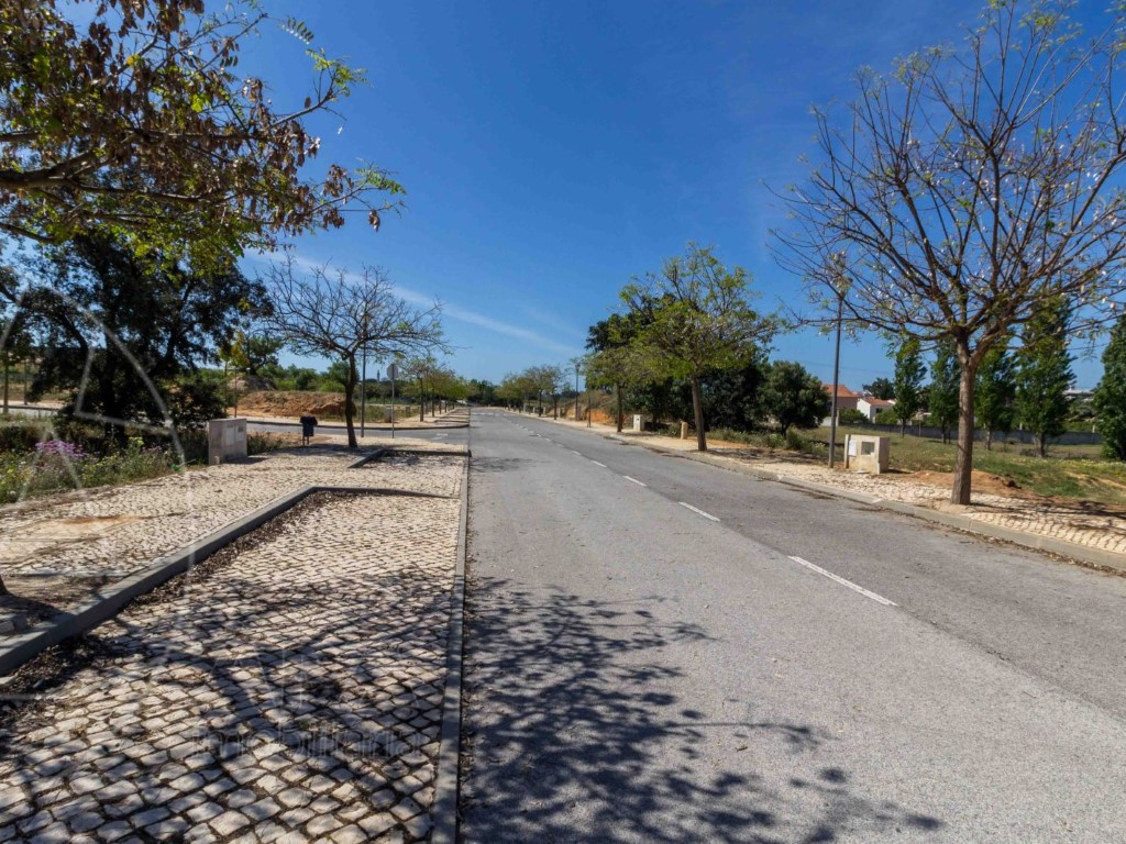 Land for sale in Loule sma10909