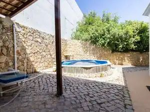 Semi-Detached House for sale in Moncarapacho (Fuseta) sma11299