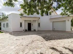 House_for_sale_in_Santa Bárbara de Nexe_sma11538