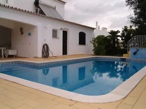 Home_for_sale_in_Faro_sma11571