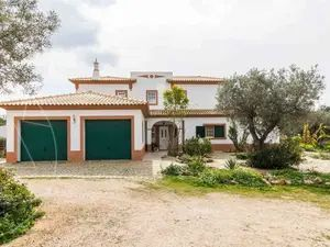 House_for_sale_in_Quelfes_SMA11627