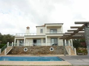 House_for_sale_in_Santa Bárbara de Nexe_SMA11647