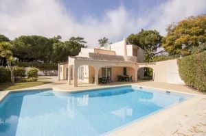 Villa for sale in Loule ema11794