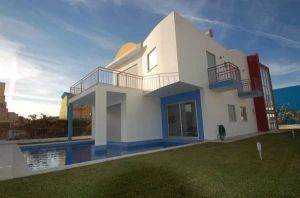 Villa for sale in Albufeira ema11805