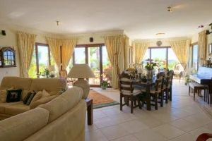 Villa for sale in Faro ema11821
