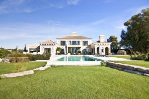 Villa for sale in Loule ema12173