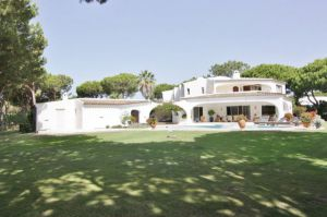 Golf Property for sale in Quinta do Lago ema12200
