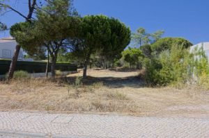 Land for sale in Quinta do Lago ema12216
