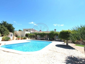 _for_sale_in_Loule (Sao Sebastiao)_ldo12305