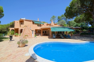 House for sale in Quinta do Lago ema12790