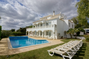 House for sale in Central Algarve ema12793