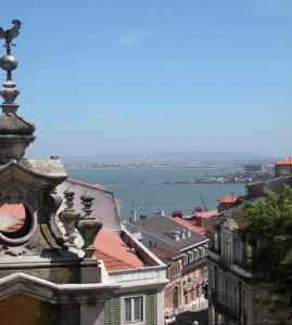 Investimento_for_sale_in_Lisbon_SMA12859