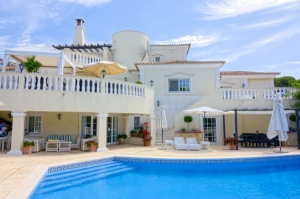 Villa_for_sale_in_Vale do Lobo_ema12929
