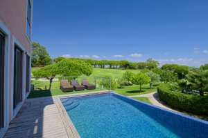 Home for sale in Vale do Lobo ema12949