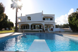 Villa_for_sale_in_Armacao de Pera_sma13164