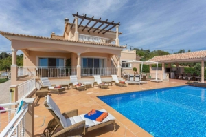 Villa for sale in Loule sma13540