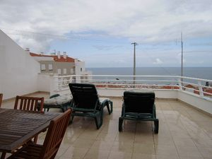Home_for_sale_in_Nazare_ncr4385