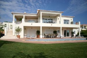 Villa_for_sale_in_Praia da Luz_LVE6256