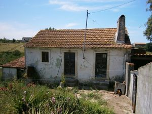 Ruin_for_sale_in_Alcobaca_LBA6331