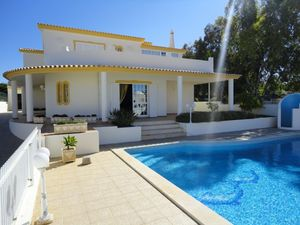 Villa_for_sale_in_Albufeira_SMA6353