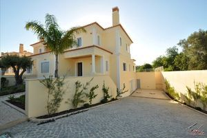 Villa_for_sale_in_Quarteira_SMA6632