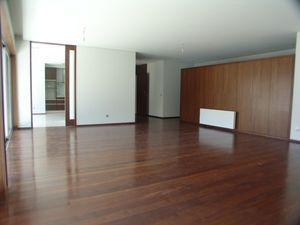 Apartment_for_sale_in_Porto_SMA7049