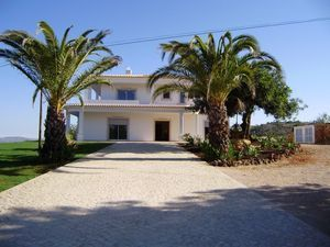 Villa_for_sale_in_Ferreiras_SMA7245