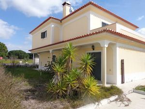 Villa_for_sale_in_na_FLO7323