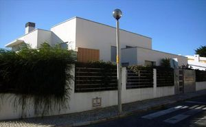 Villa_for_sale_in_na_FLO7337