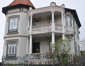 House_for_sale_in_Porto_sma7612
