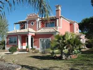 Villa_for_sale_in_Almancil_ama8131