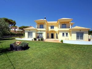 House_for_sale_in_Quarteira_ama8132
