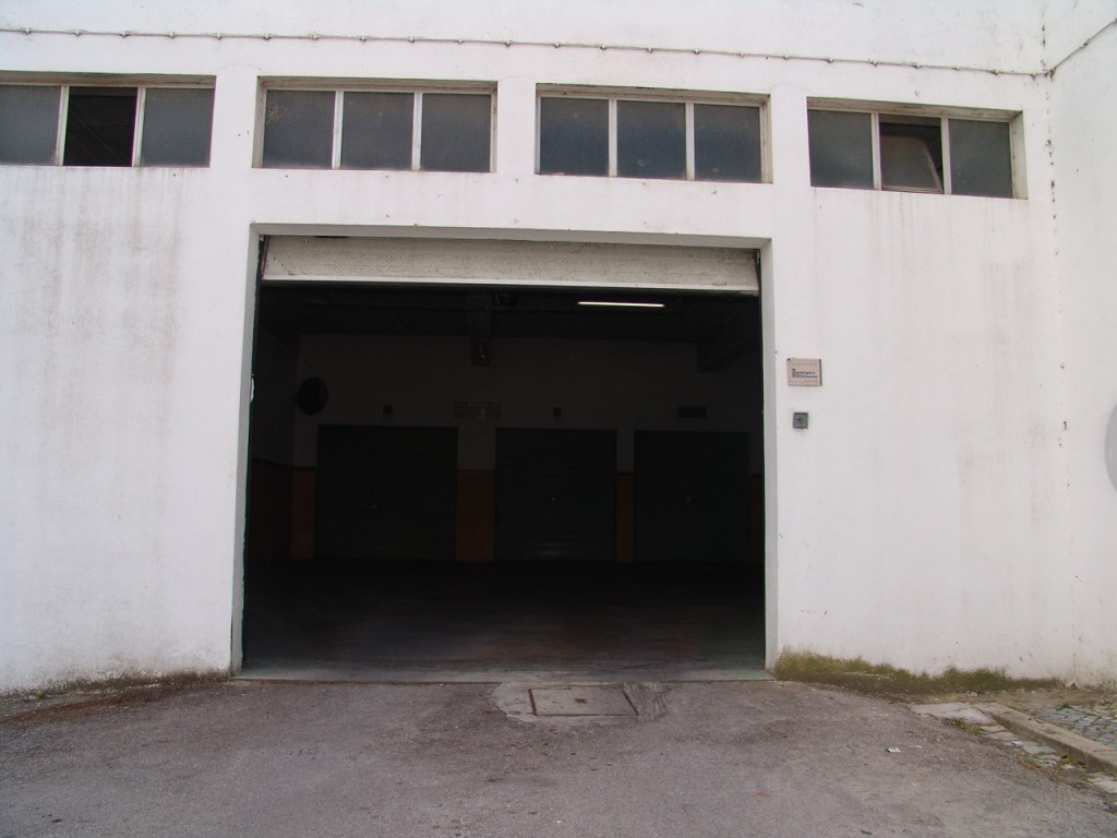 Garage_for_sale_in_Faro_sma8901