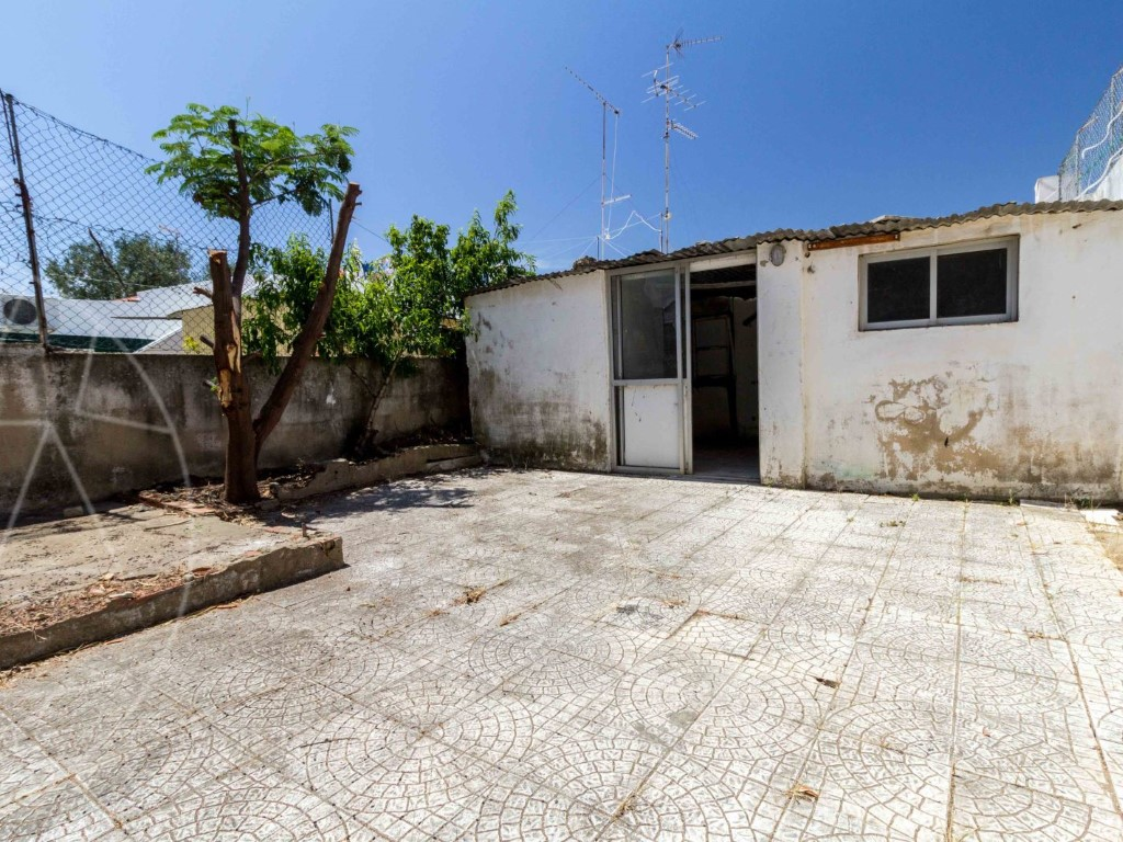 Old House_for_sale_in_Brancanes_sma8967