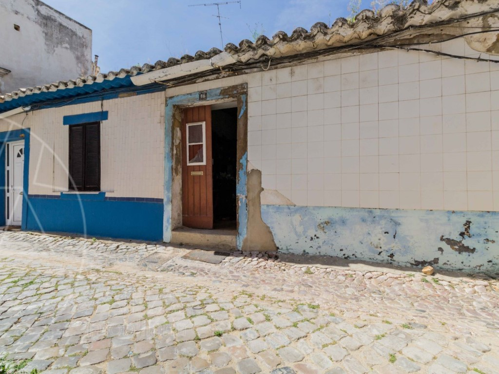 Old House_for_sale_in_Faro_sma8974