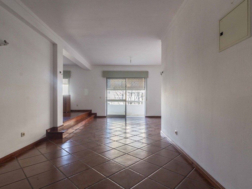Apartment_for_sale_in_Faro_SMA9010